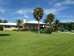 2405 S Indian River Drive, Fort Pierce, FL 34950