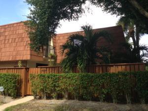 112 Buttonwood Lane, Boynton Beach, FL 33436
