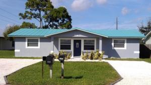 2557 Se Harrison Street, Stuart, FL 34997