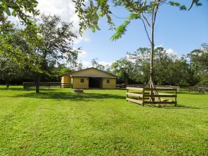 14101 Collecting Canal (barn Lease) Road, Loxahatchee Groves, FL 33470