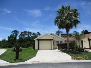 1644 Se Gainswood Court, Port Saint Lucie, FL 34952