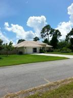 2418 Se Robin Circle, Port Saint Lucie, FL 34953