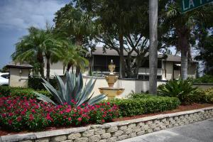 5971 La Pinata Boulevard, Greenacres, FL 33463