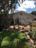 2498 Se Camarin Street, Port Saint Lucie, FL 34952