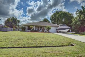 1967 Sw Beauregard Street, Port Saint Lucie, FL 34953
