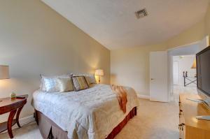 5334 Buckhead Circle, Boca Raton, FL 33486