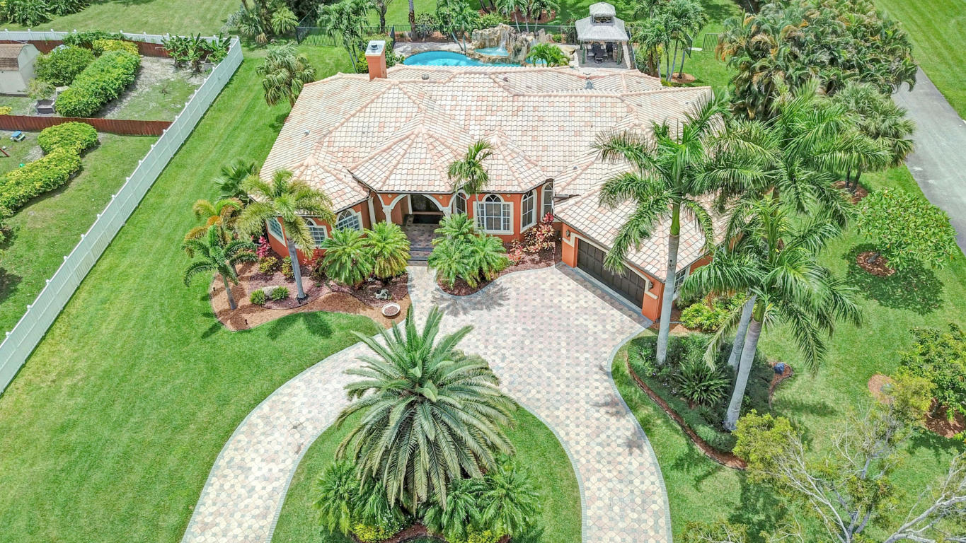 7499 Nw 49 Lane, Coconut Creek, FL 33073