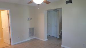 566 W Ocean Avenue, Boynton Beach, FL 33426