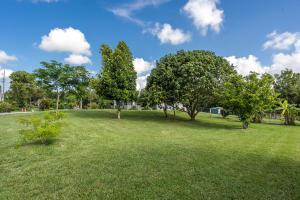 17373 43rd N Road, Loxahatchee, FL 33470