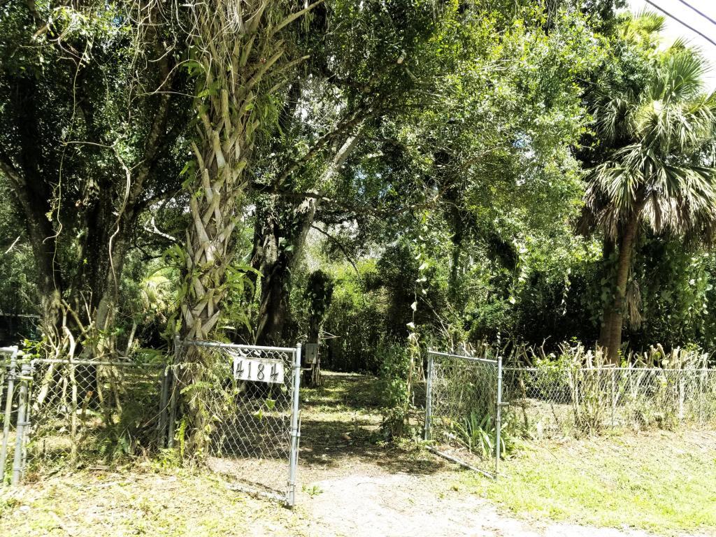 4184 Sw 72nd Drive, Palm City, FL 34990