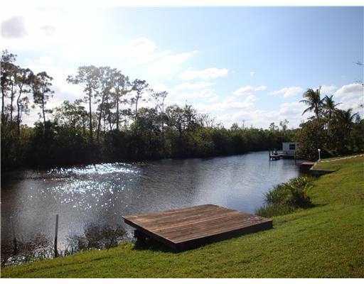 594 Beach Avenue, Port Saint Lucie, FL 34952