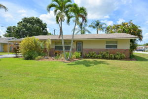 1748 Sw 31st Terrace, Palm City, FL 34990