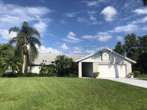 2832 Se Peru Street, Port Saint Lucie, FL 34984