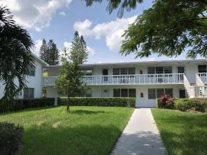 19 Cambridge A, West Palm Beach, FL 33417