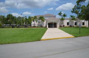 119 Hasting H, West Palm Beach, FL 33417