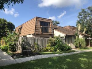 4131 Palm Bay Circle, West Palm Beach, FL 33406