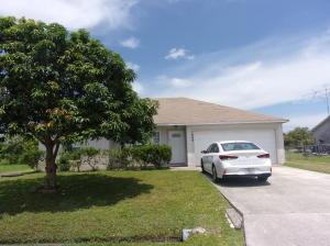 1249 Sw Broadview Street, Port Saint Lucie, FL 34983