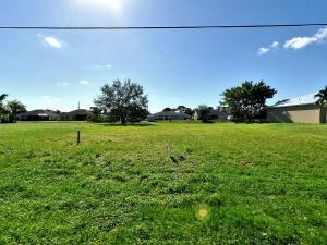 2468 Sw Monterrey Lane, Port Saint Lucie, FL 34953