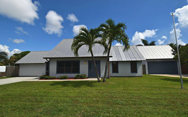641 Ne Spencer Street, Jensen Beach, FL 34957