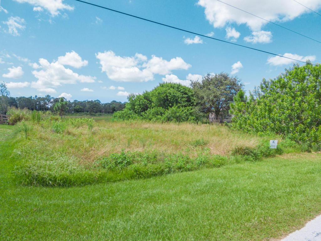 1538 Sw Abacus Avenue, Port Saint Lucie, FL 34953