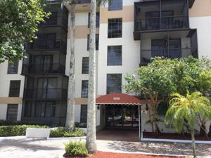 5550 Nw 44th Street, Lauderhill, FL 33319