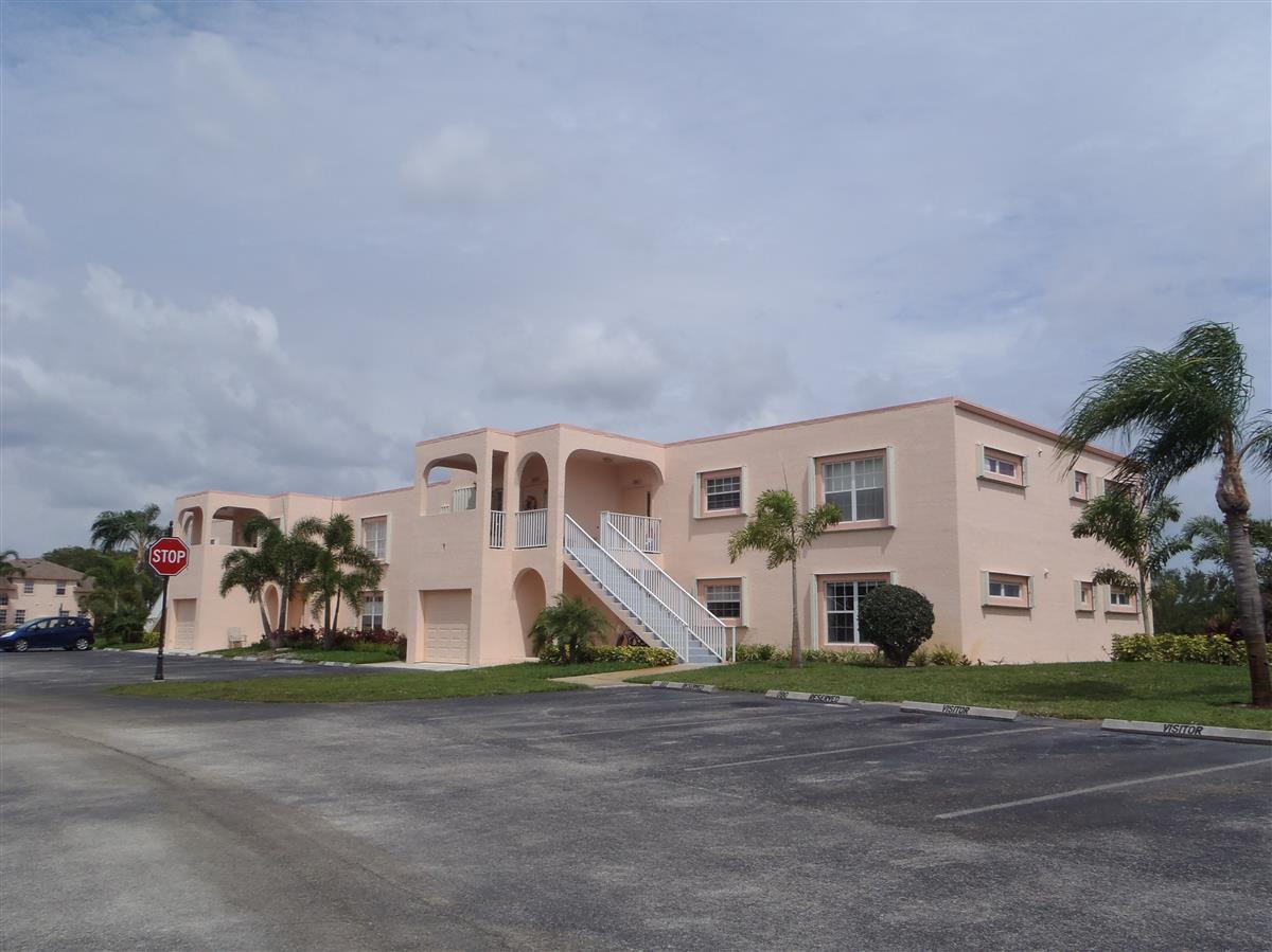2181 Se Wild Meadow Circle, Port Saint Lucie, FL 34952
