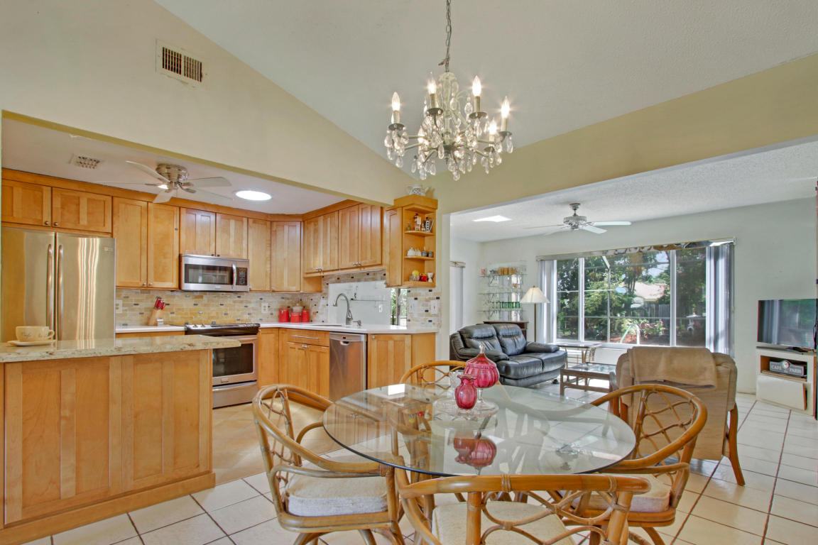 108 Banyan Circle, Jupiter, FL 33458