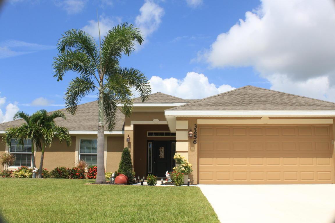 3256 Sw Hambrick Street, Port Saint Lucie, FL 34953