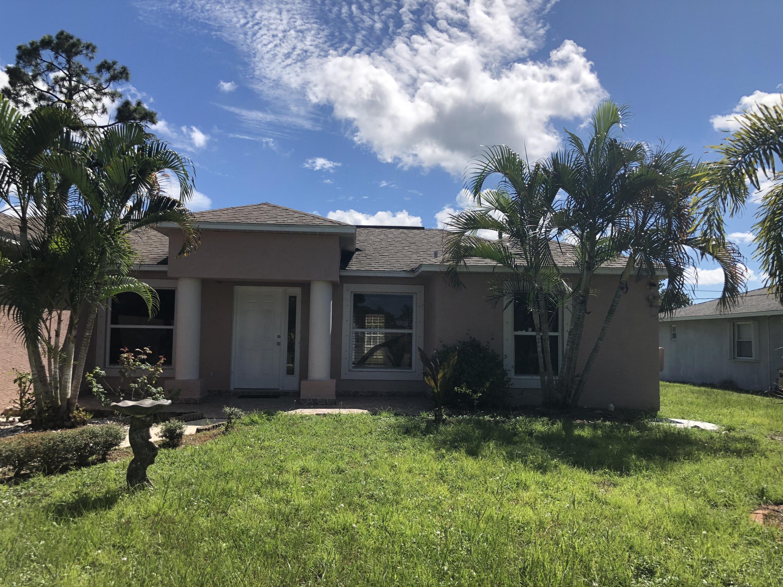 1357 Se Sandia Drive, Port Saint Lucie, FL 34983