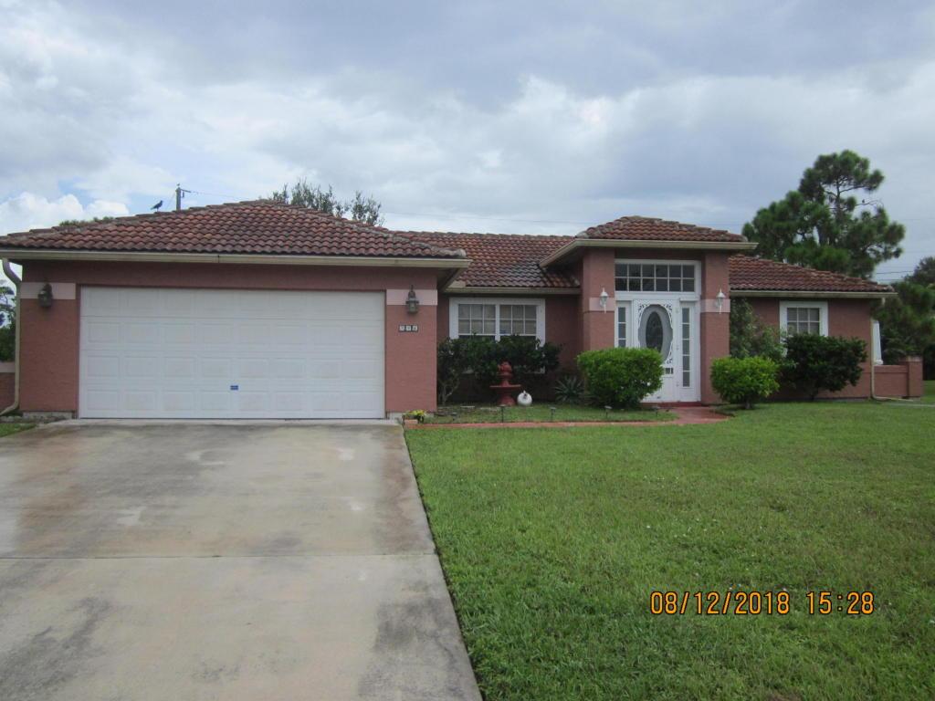 746 Sw Parker Av Avenue, Port Saint Lucie, FL 34953