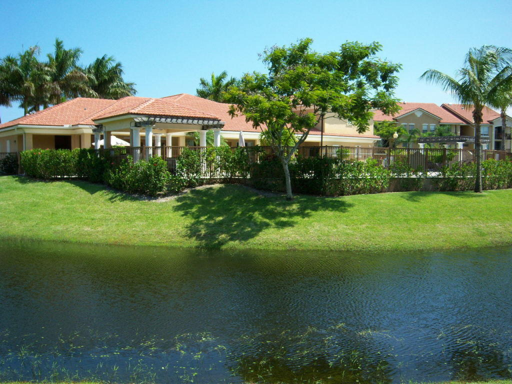 1224 Villa Lane, Boynton Beach, FL 33435