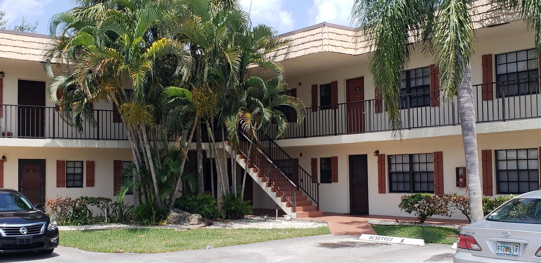 4209 Oak Terrace Drive, Greenacres, FL 33463