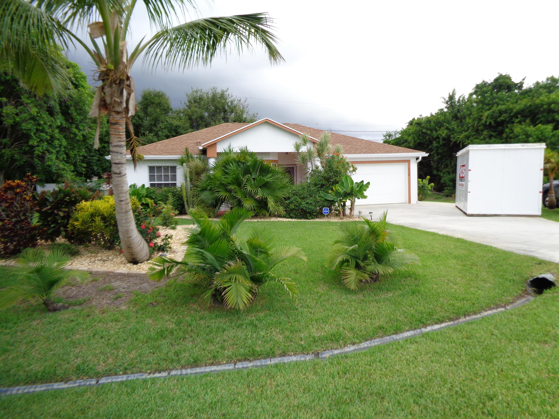 2328 Se Hurley Court, Port Saint Lucie, FL 34952