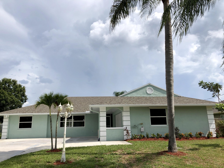 2599 Se Caladium Avenue, Port Saint Lucie, FL 34952