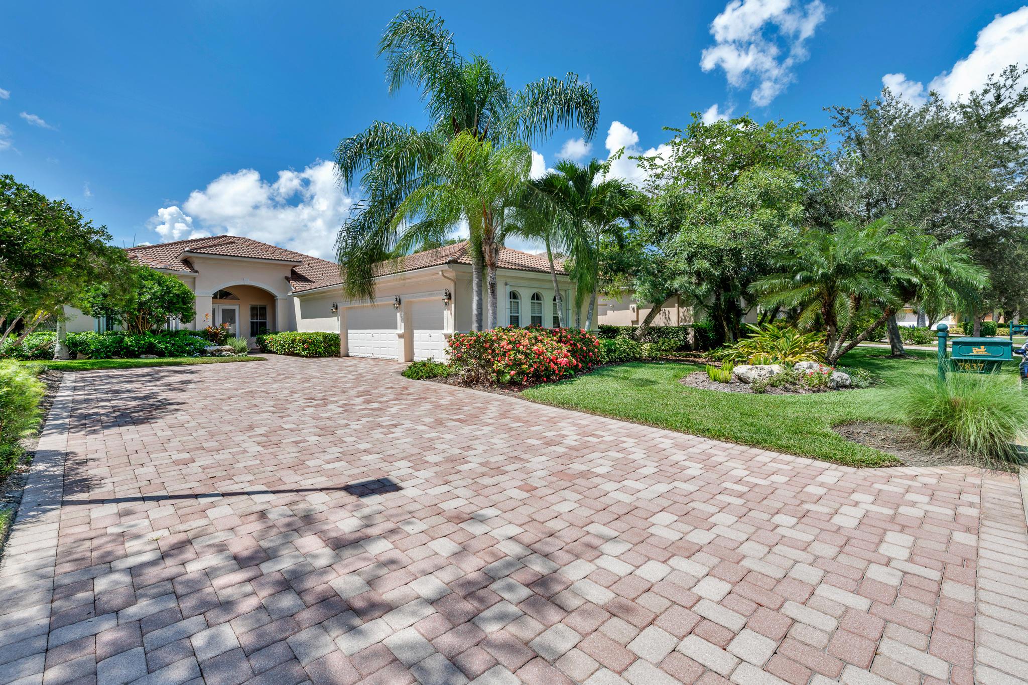 7837 Preserve Drive, West Palm Beach, FL 33412