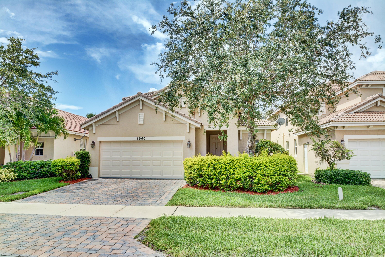 5960 Se Crooked Oak Avenue, Hobe Sound, FL 33455