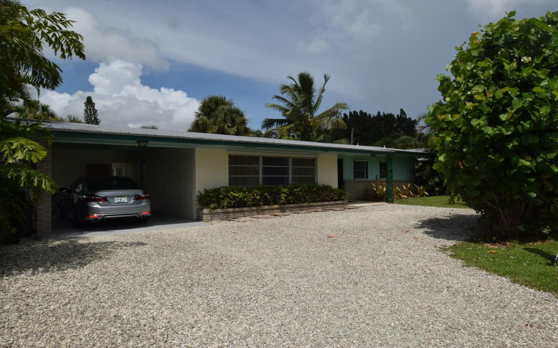 1644 Ne Arch Avenue, Jensen Beach, FL 34957