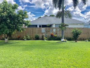 1010 Sw Dartmouth Avenue, Port Saint Lucie, FL 34953