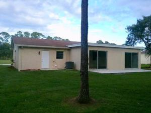 1732 Se Aneci Street, Port Saint Lucie, FL 34983