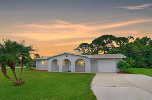 6608 Deleon Avenue, Fort Pierce, FL 34951