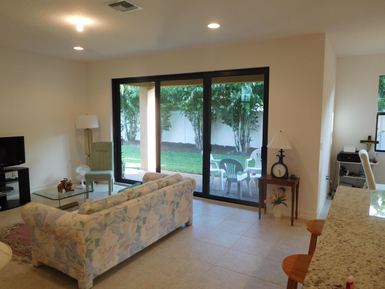8080 Rainforest Jasper Lane, Delray Beach, FL 33446