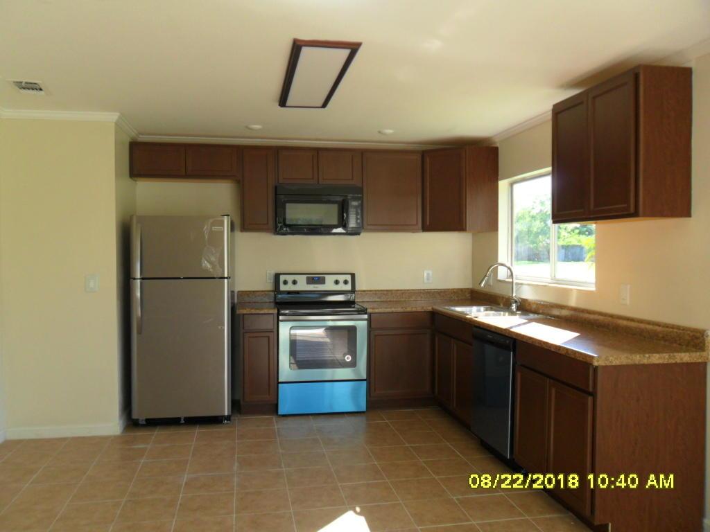 1950 Se Tiffany Avenue, Port Saint Lucie, FL 34952