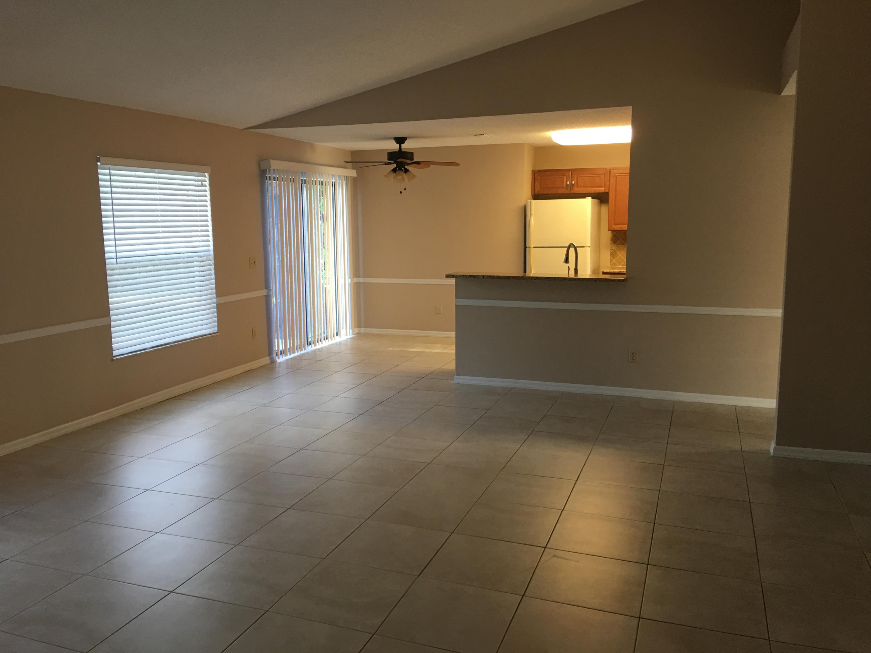 2641 Sw Eastman Street, Port Saint Lucie, FL 34953