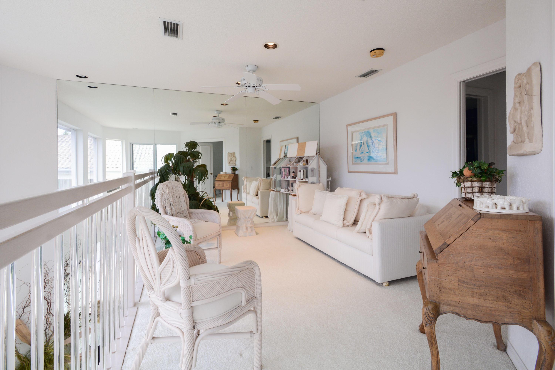7028 Queenferry Circle, Boca Raton, FL 33496