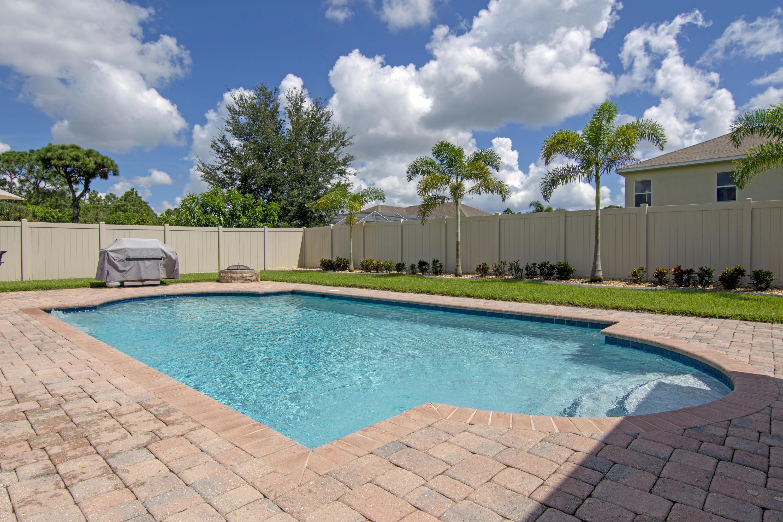 6447 Nw Frenze Street, Port Saint Lucie, FL 34986