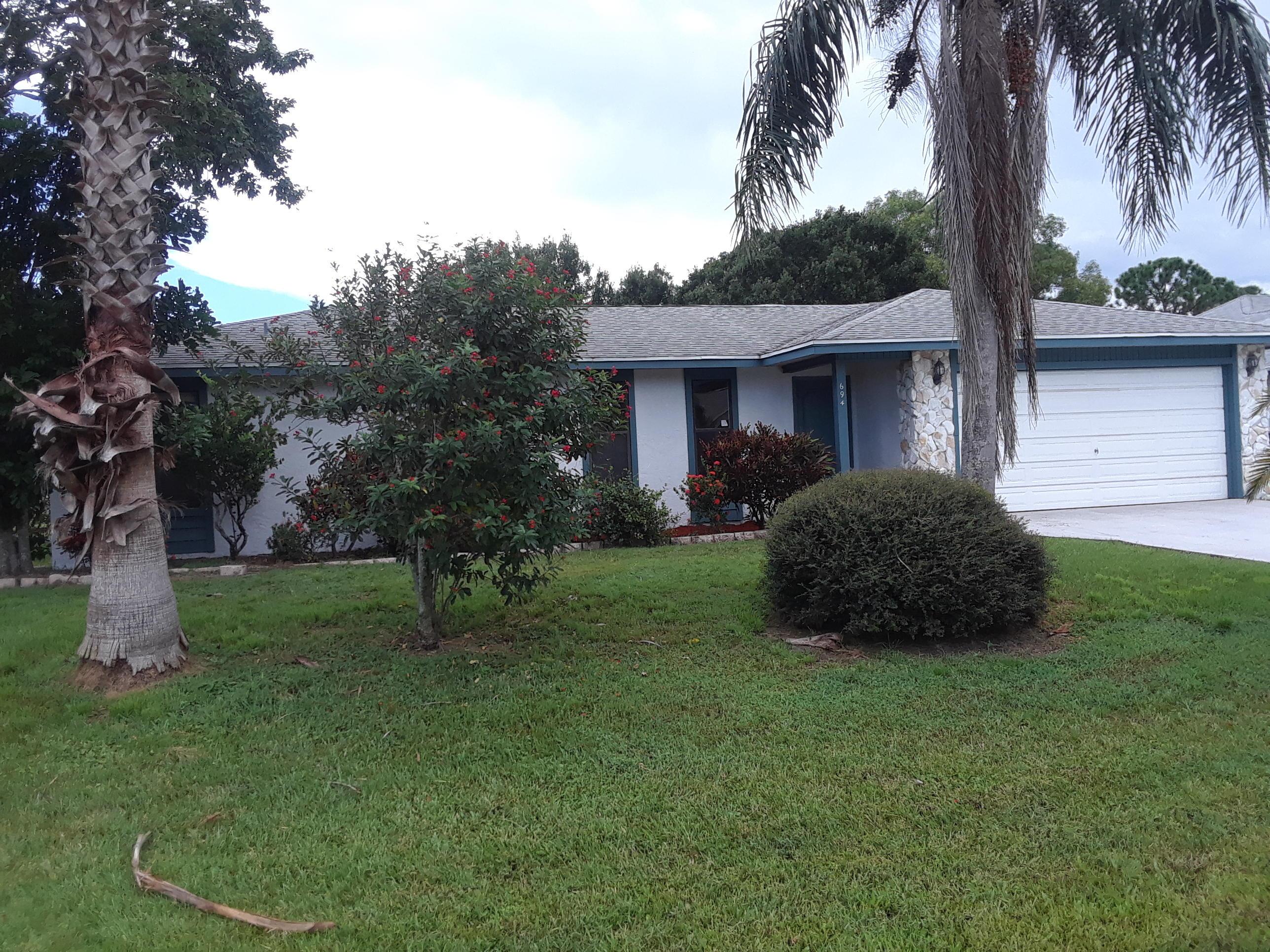 694 Se Evergreen Terrace, Port Saint Lucie, FL 34983