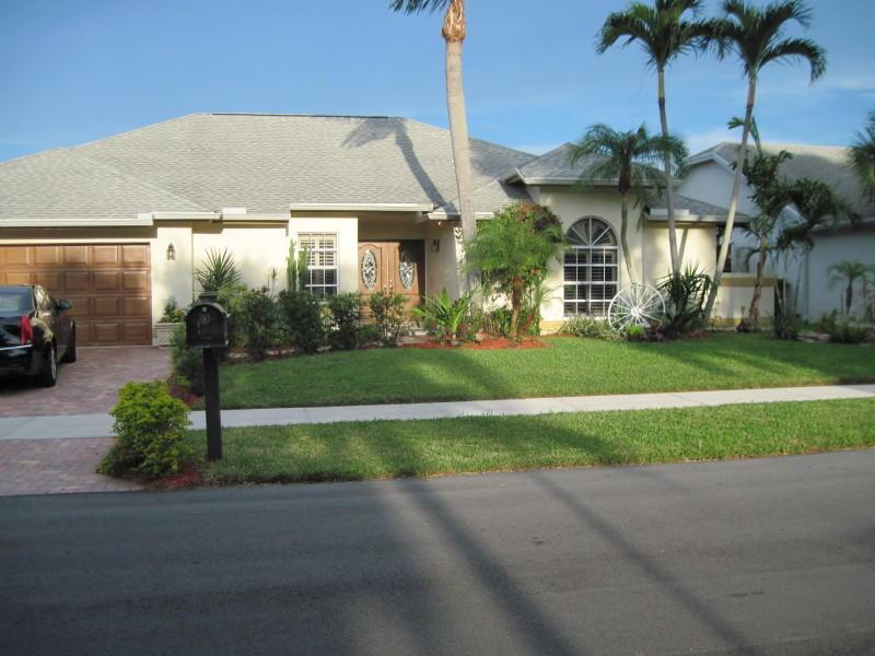 5142 Nw 43rd Avenue, Coconut Creek, FL 33073