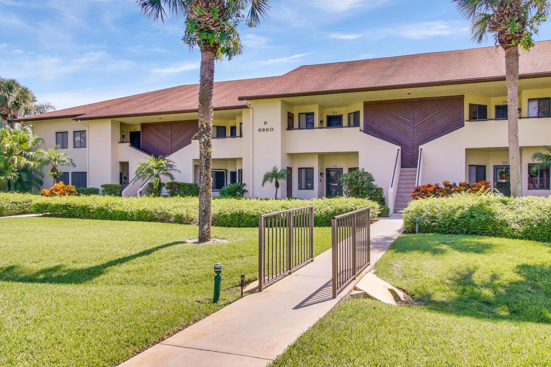 6860 Se Constitution Boulevard, Hobe Sound, FL 33455
