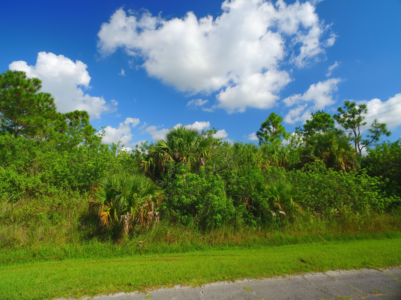 2401 Sw Upland Av Avenue, Port Saint Lucie, FL 34953