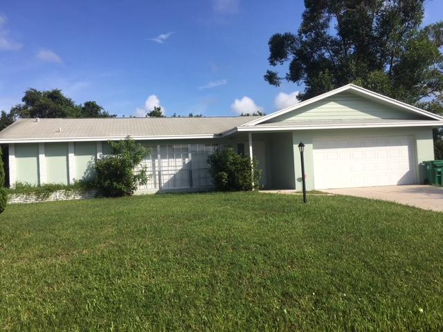 595 Se Maple Terrace, Port Saint Lucie, FL 34983